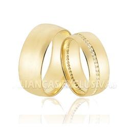 Aliança com Friso Cravejado de Diamantes em Ouro 1... - Ouro Vale Joias