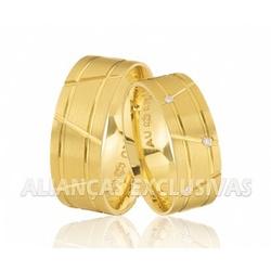 Par de Alianças Grossas Anatômicas com Diamantes -... - Ouro Vale Joias