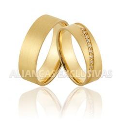 Alianças de Ouro Foscas com Diamantes - OV/924 - Ouro Vale Joias