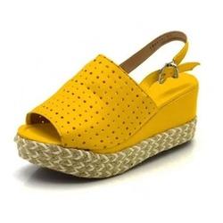 Sandália Anabela Perfurada Salto Médio Amarelo Ama... - Rilu Fashion