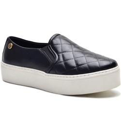 Sapato Slip On em Couro Preto Matelasse - 9010-PT - ROTA SHOES