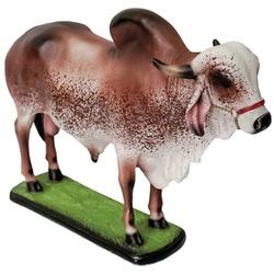 Escultura Miniatura de Boi Gir - Selaria Pinheiro