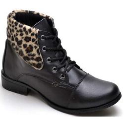 Bota Feminina Cano Baixo Detalhe Onça Preto - Top Franca Shoes | Calçados confortáveis em Couro