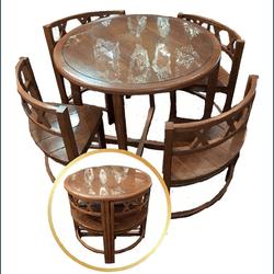 Mesa Ninho Com 4 Cadeiras Em Madeira Maciça Com De... - MOVEIS ANTIGUS