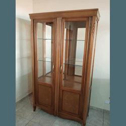 Cristaleira Em Madeira Maciça - 6384 - MOVEIS ANTIGUS