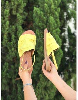 Rasteirinha Confortável cor Amarelo - Universo Bubblē
