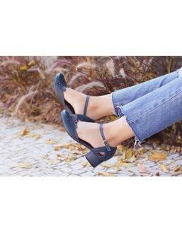 Sapato Boneca Salto Baixo Azul Marinho- 600-28 - Universo Bubblē
