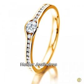Solitário em Ouro 18k com Diamante - Helder Joalheiros