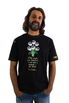 Camiseta Cora Coralina Professor Preta - Tertúlia Produtos Literários