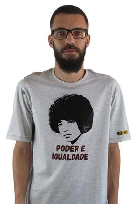 Camiseta Angela Davis Gelo - Tertúlia Produtos Literários