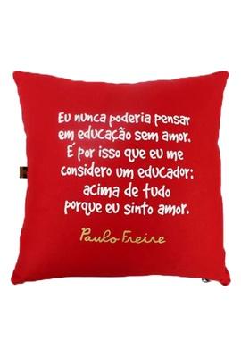 Capa de Almofada Paulo Freire Vermelha - Tertúlia Produtos Literários