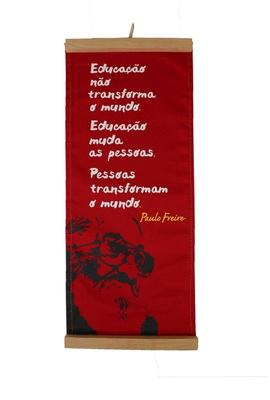 Flâmula Paulo Freire Educação - Vermelha - Tertúlia Produtos Literários