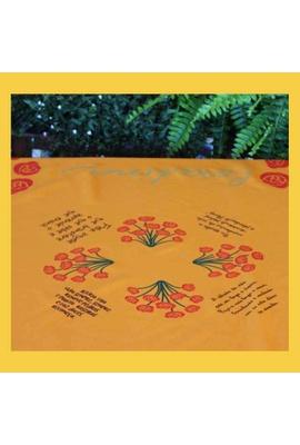 Toalha de Mesa Cora Coralina Amarelo - Tertúlia Produtos Literários