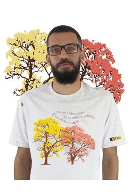 Camiseta Nicolas Behr Ipês Branca - Tertúlia Produtos Literários