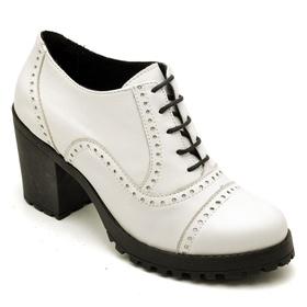 Ankle Boot Feminino Branco Tratorado em Couro - 19... - MADOK