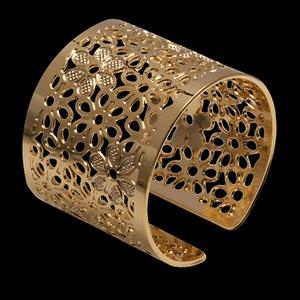 Anel folheado em ouro 18k flor esculpida estendido... - MARINA JOIAS