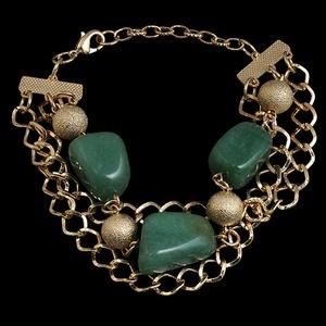 Pulseira folheada a ouro,com pedra natural quartzo... - MARINA JOIAS