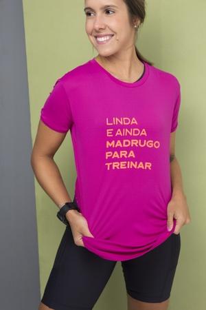 Camiseta Feminina Funfit - Linda e ainda madrugo p... - FUNFIT