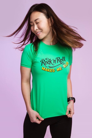Camiseta Feminina Funfit - Rock Roll Makes Me Run ... - FUNFIT