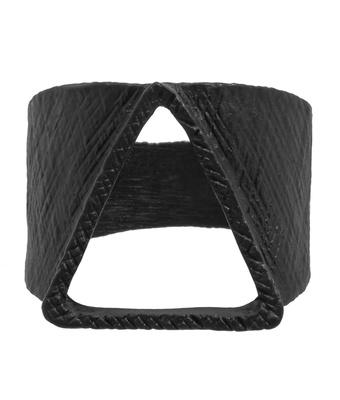 Anel Triângulo Liga De Zinco Preto - MANTOAN LOJA