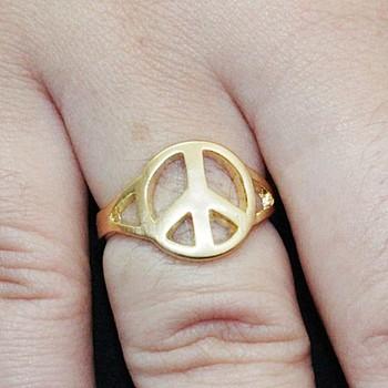 Anel Peace Dourado