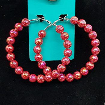Argola Esferas Vermelho Cintilante