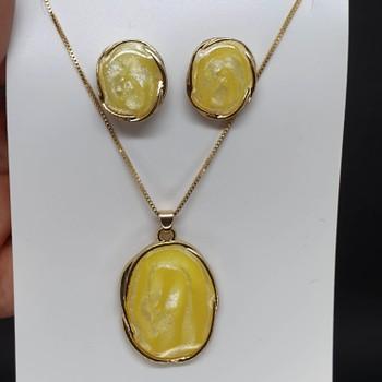 Conjunto Dourado Mesclado Amarelo