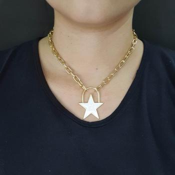 Colar Elos Estrela Esmaltada Dourada Branca