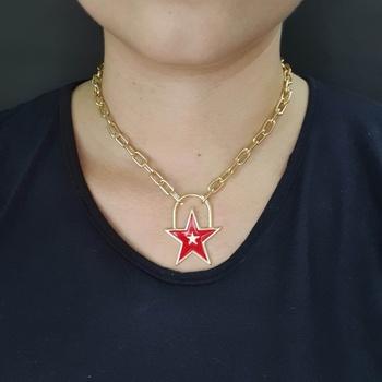 Colar Elos Estrela Esmaltada Dourada Vermelho