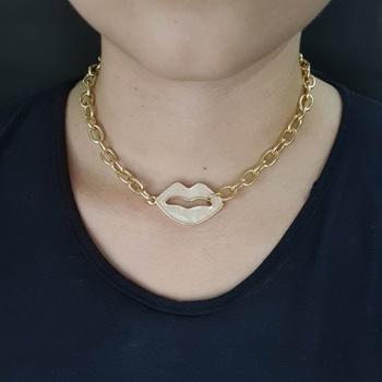 Colar Elos Boca Esmaltada Dourada Nude