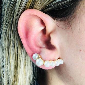 Brinco Ear Cuff Pérolas Dourado