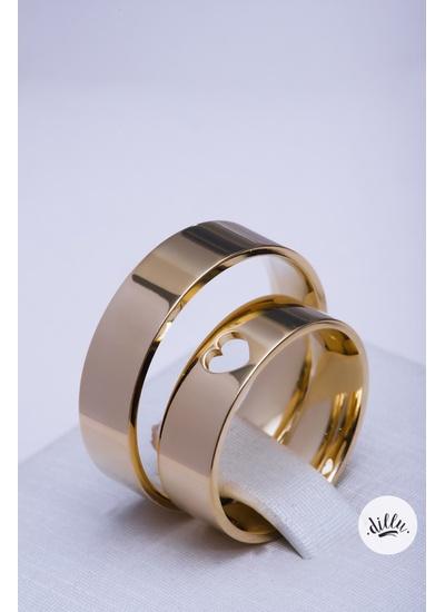 Aliança clássica moderna, ouro 18k. Detalhe coraçã... - Dillu Jóias