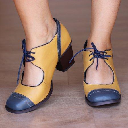 Sapato Boneca em Couro Azul e Mostarda- 400-06 - Universo Bubblē