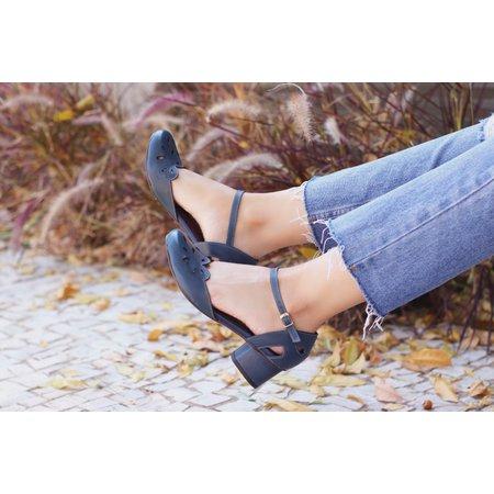 Sapato Boneca Salto Grosso-Couro Azul Marinho- 600... - Universo Bubblē