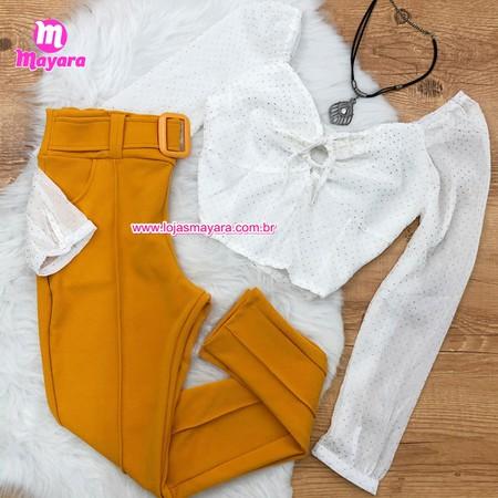 Calça Amarela com Cinto