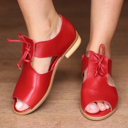 Sandália Salto Baixo com Calcanhar Fechado Vermelh... - Universo Bubblē
