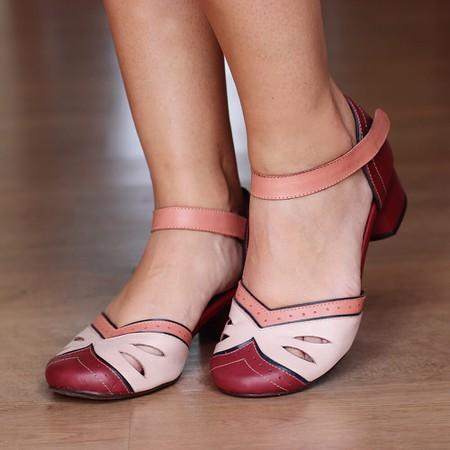 Sapato Boneca Salto Grosso Vinho e Nude- 600-22 - Universo Bubblē