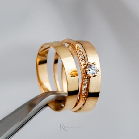 Combo Alianças Ouro 18k 3mm 3g Reta Bahamas + Solitário Saron - Rosê