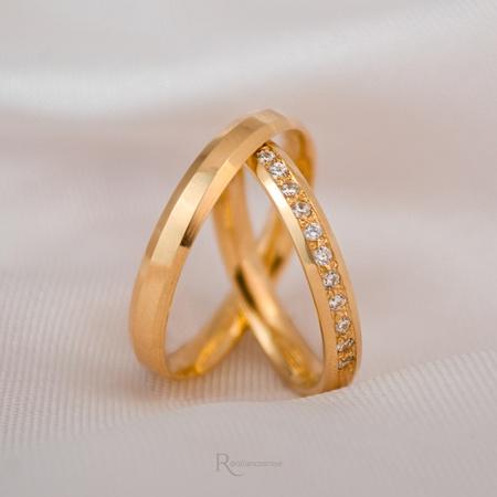 Aliança de ouro 18k 3mm 4 Gramas Chanfrada Helena - Rosê