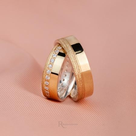 Aliança em Ouro 18k e Prata 6mm Reta Modelo Aurora - Rosê
