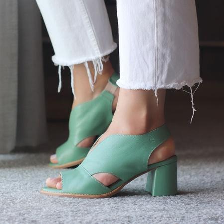 Sandália Salto Grosso Verde Menta - Veneza - 177-2... - Universo Bubblê