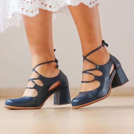 Sapato Feminino Salto Grosso Azul Marinho - Niteró... - Universo Bubblê