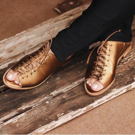 Sapato Peep Toe Baixo Bronze - Pisa - 842-13 - Universo Bubblê