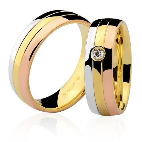 Aliança de Casamento Top em Ouro 18K cravejada com Diamante