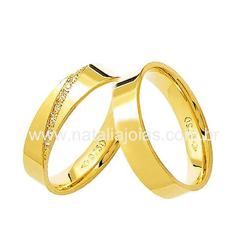 Alianças de Ouro 18k/750 Anatomica com Diamantes AE72