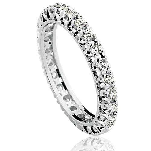 Anel em Ouro Branco 18k com Diamantes de 3 pontos