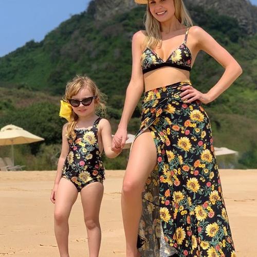 Biquíni Mãe e Filha Girassol Preto