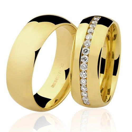 Aliança de Casamento Boleada em Ouro 18K com Brilhantes