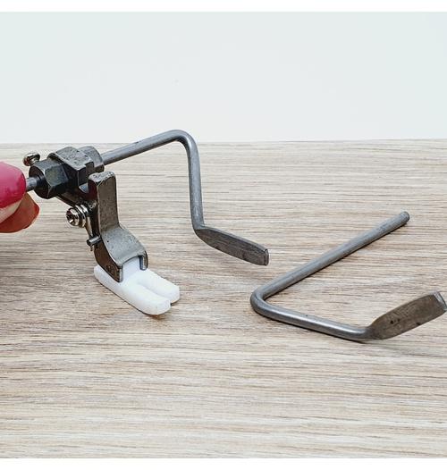 Calcador para matelassê com 2 guias com TEFLON - máq industrial