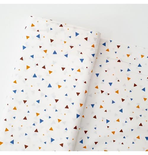 Tecido Tricoline Triângulo - Marinho e Laranja